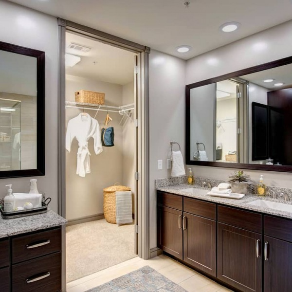 Can you say #bathroomgoals?